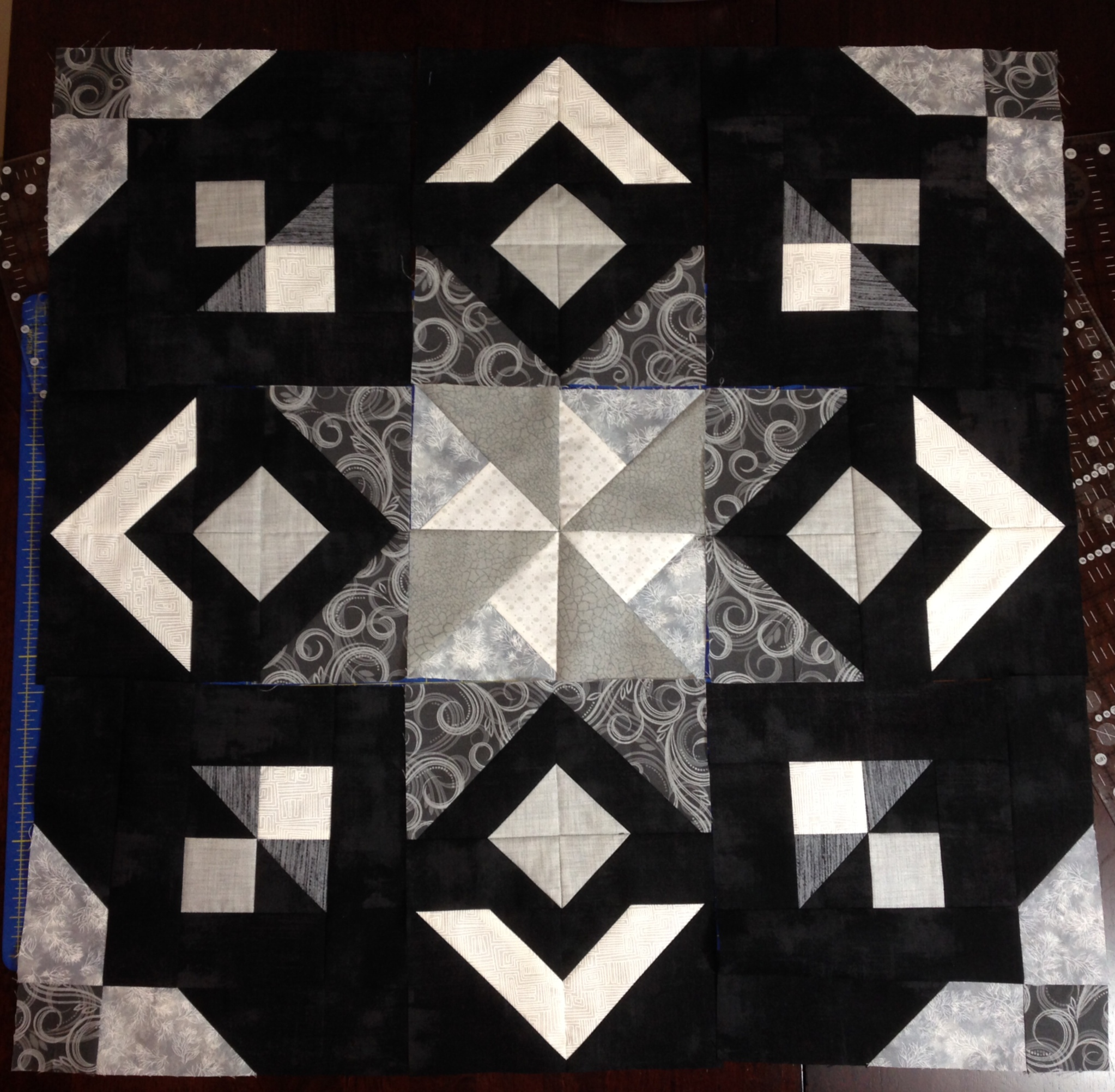 bianca black cover manchester orna quilt by house elegance set