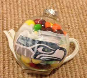 Glass plastic acrylic ornament ornaments Christmas DIY tutorial how to make an ornament Seahawks Skittles Mod Podge Doctor Who Galaga Marshawn Lynch blue green ribbon