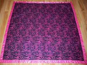 Fleece baby blanket quilt ribbon binding quick fast baby gift bright pink zebra stripe