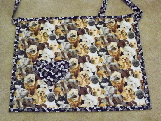 Apron full apron half apron dog German Shepherd pug Golden retriever collie bone Jo Ann JoAnn fabric heart pocket dog bone paw