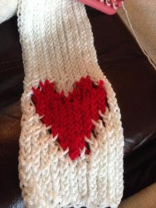 Loom Knit Knitting Instructables Knifty Knitter Lion Brand  JoAnn Jo Ann plastic loom Red Heart yarn heart scarf red white beige Valentine Valentine's Day