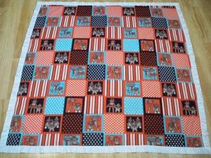 Fleece baby blanket quilt ribbon binding quick fast baby gift red blue sock monkey