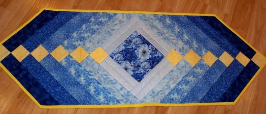 Table runner blue flowers gradient gradiant ombre quilt as you go QAYG french braid table runner of the month Quilter's Market
